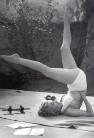 Marilyn-Monroe-Headstand-Shirsasana-II